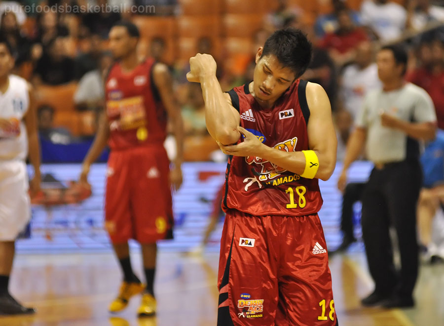 James Yap is hurt but must continue playing well vs Rain or Shine