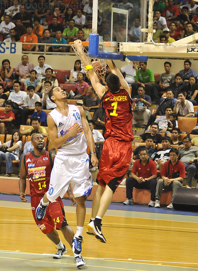 Rico Maeirhofer Dunk