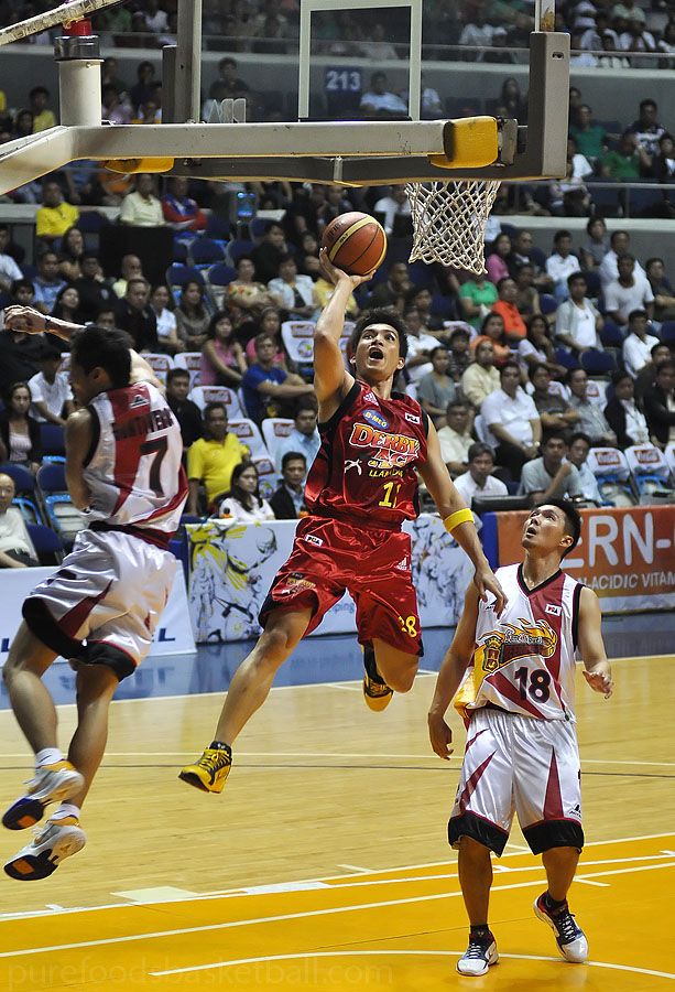Only James Yap played well and attacked the inside scoring 24pts