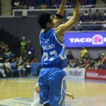 San Mig Coffee defeats Barako Bull