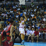 San Miguel Beer defeats Star Hotshots