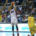 Alaska defeats Purefoods in Game 1