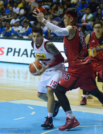 Marc Pingris vs June Mar Fajardo